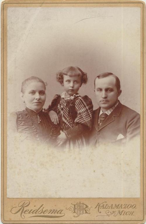 Tom Richmond and family Butcher and slaughterhouse Balch Street, Kalamazoo circa 1900