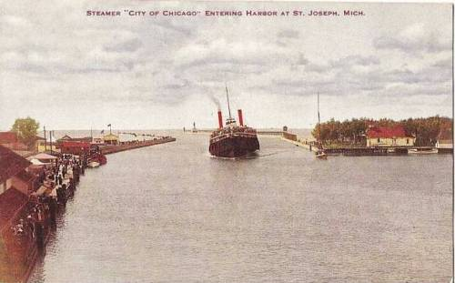 postcard-chicago-steamer-city-of-chicago-st-joseph-michigan-harbor-early